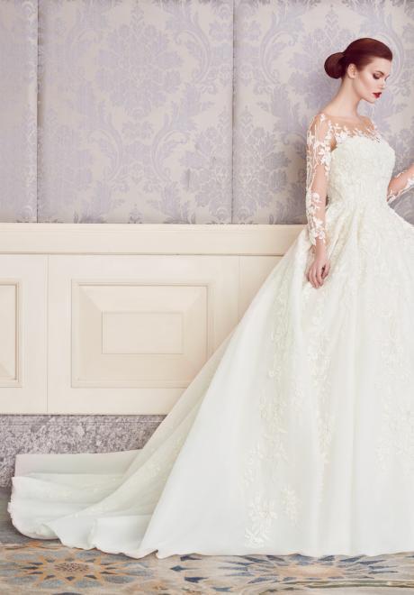 The 2018 Wedding Dresses by Ebru Sanci  26