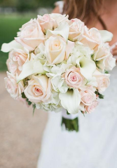 10 Classic and Timeless Bridal Bouquets You Will Love