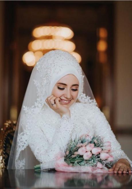 عروس محجبة