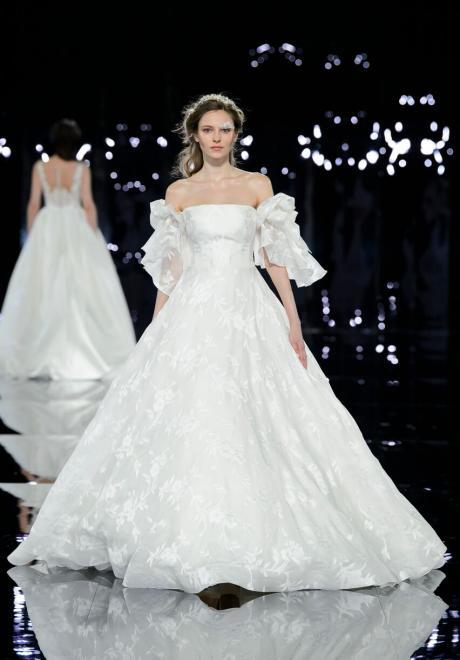The 2019 Nicole Wedding Dresses: Romeo and Juliet