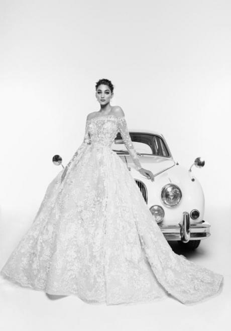 2019 Long Sleeve Wedding Dress 1
