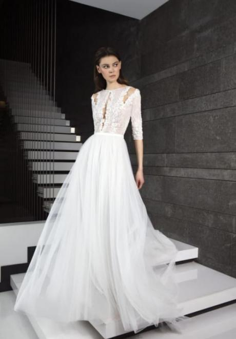 2019 Long Sleeve Wedding Dress 4
