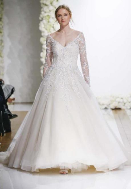 2019 Long Sleeve Wedding Dress 2