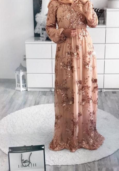 Engagement Dresses That Suit Your Hijab