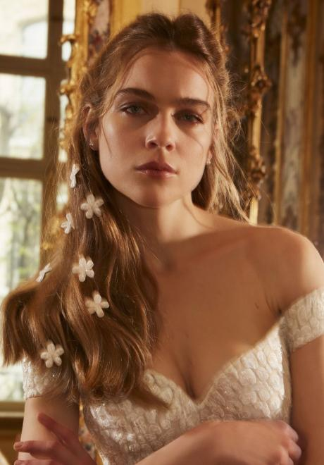 This Year's Most Beautiful Bridal Hairstyles