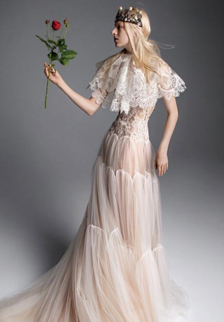 مجموعة فساتين زفاف فيرا وانغ لخريف 2019