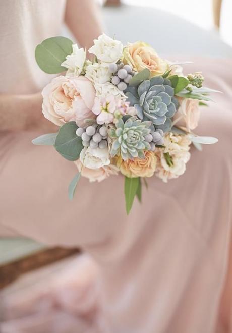 أفكار مسكات عرايس فخمه لتزيني بها إطلالتك في حفل زفافك
