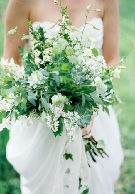 13 Fresh Greenery Wedding Bouquets