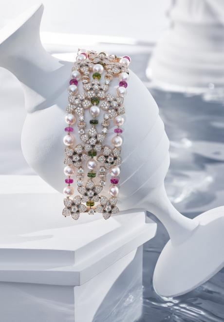 BVLGARI Unveils a New Jewellery Collection at Louvre Abu Dhabi