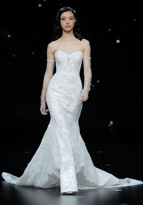 مجموعة فساتين زفاف برونوفياس لربيع 2020