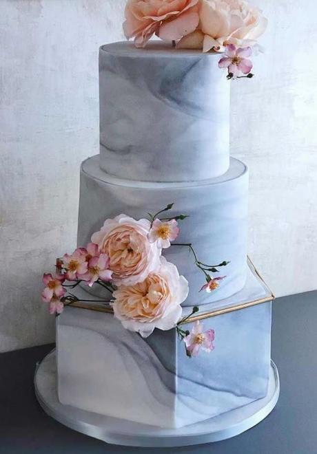 16 Stunning Marble Wedding Cakes