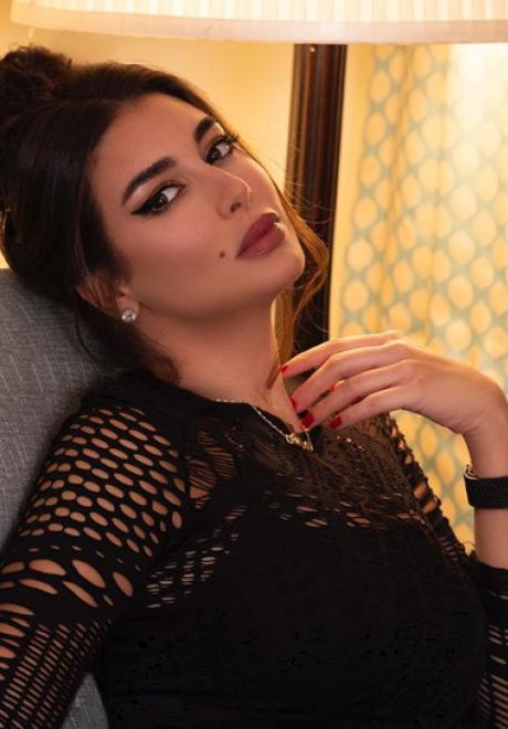 Yasmin Sabri Makeup Looks We Love