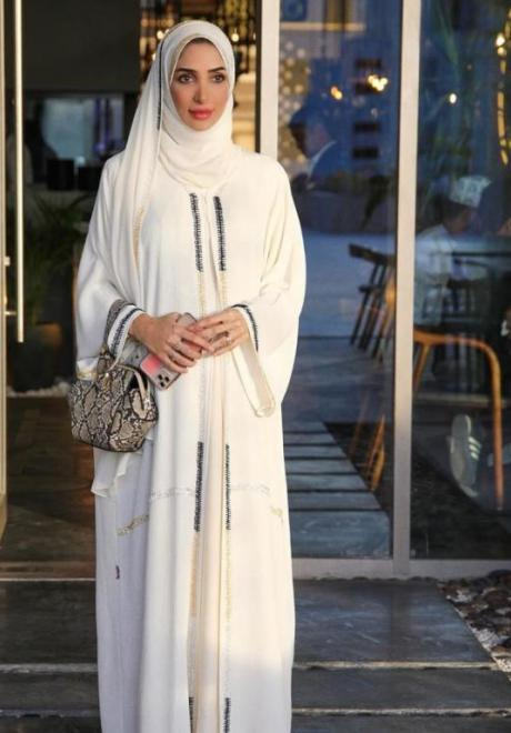 Kaftans and Abayas We Love For Ramadan