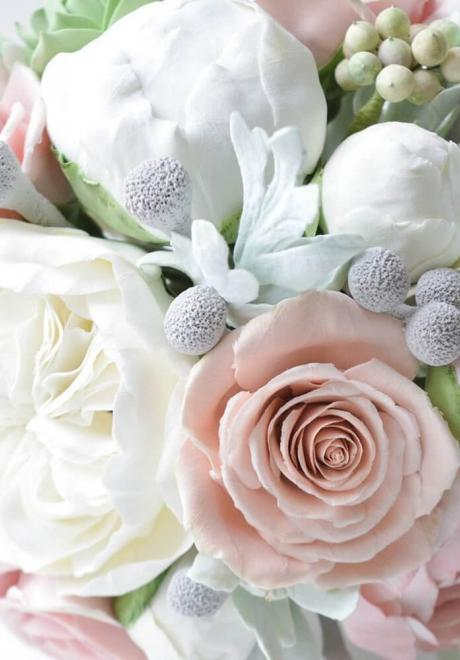 Choosing the Perfect Peony Wedding Bouquet