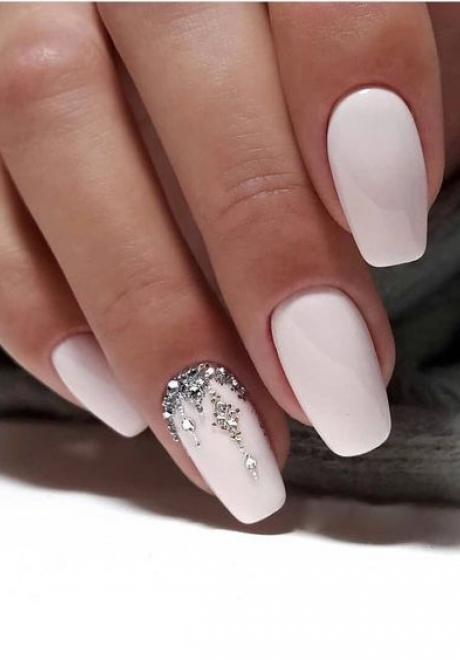 Beautiful Bridal Nails