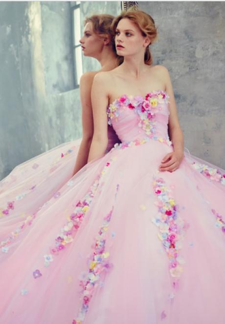 تألقي في فستان زواج من وحي أميرات ديزني