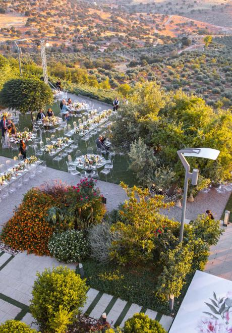 A Sunset Wedding With a Great View in Jordan