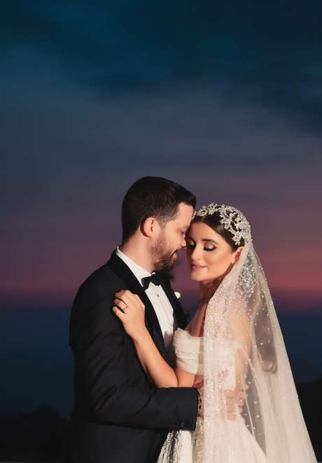 حفل زفاف لبناني من وحي اللون الذهبي