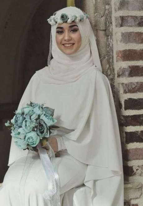 Floral Crowns for Bridal Hijab 2