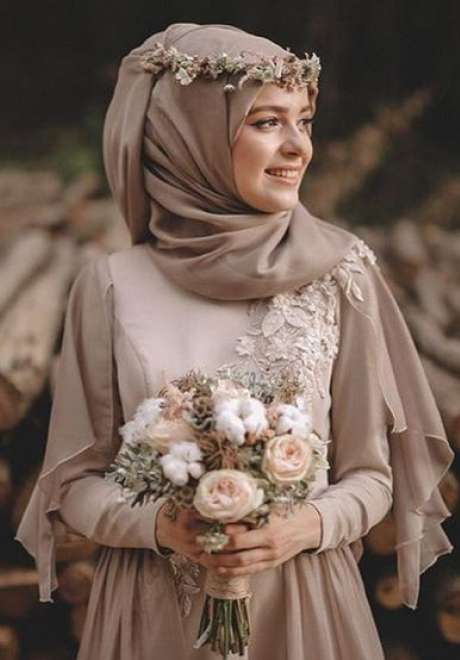 Floral Crowns for Bridal Hijab 3