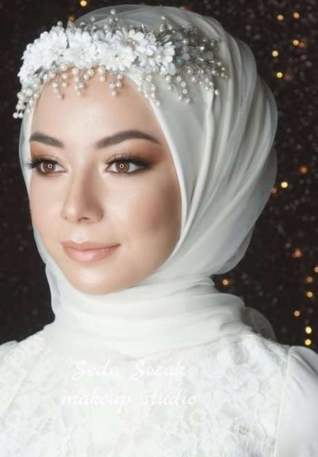 Floral Crowns for Bridal Hijab 4