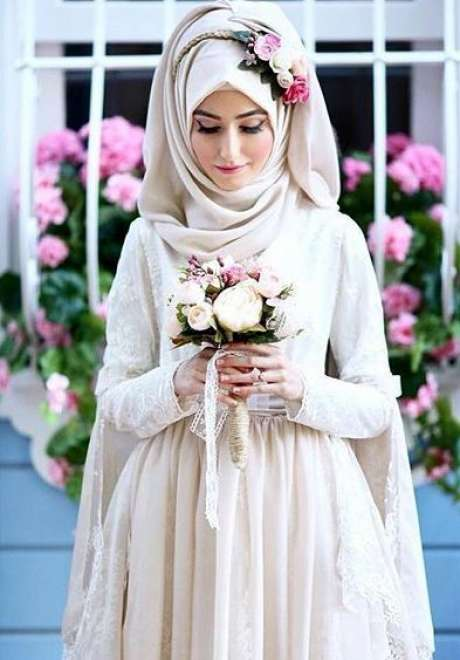 Floral Crowns for Bridal Hijab 8