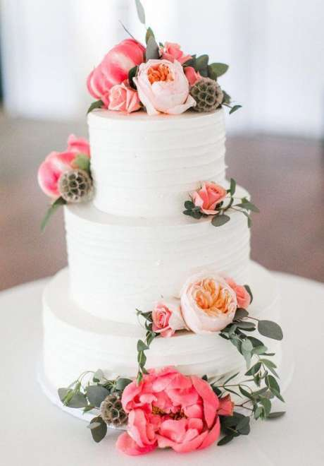 Peonies Wedding Cake 3