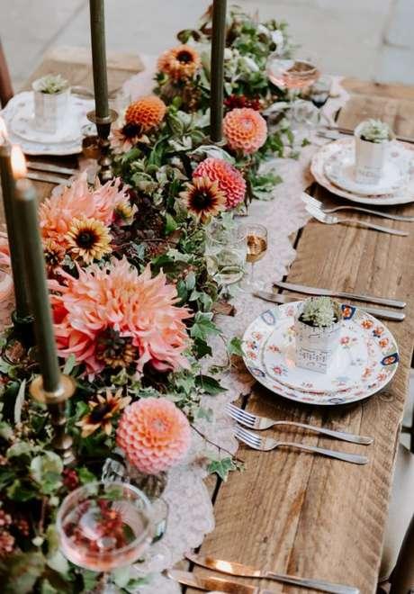 Choose Dahlias for Your Fall Wedding