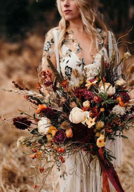 Lovely Fall Wedding Bouquets