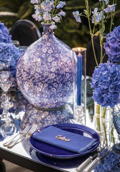 A Royal Blue Alfresco Engagement in Amman