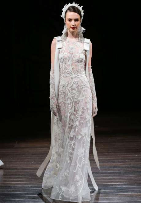 Fall 2018 Wedding Dresses by Naeem Khan