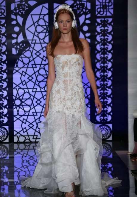 Reem Acra's Fall 2017 Bridal Collection at New York International Bridal Week