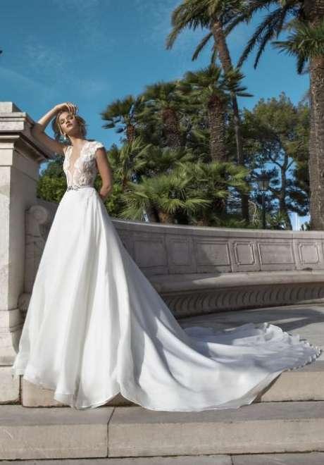 Nicole 2017 Bridal Collection 20