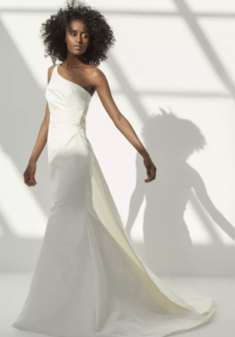 فساتين زفاف أمسايل لخريف عام 2021