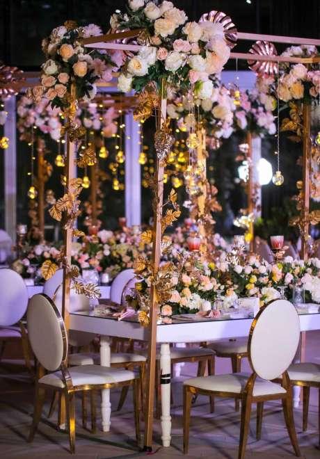 A Mystical Garden Engagement in Dubai 10