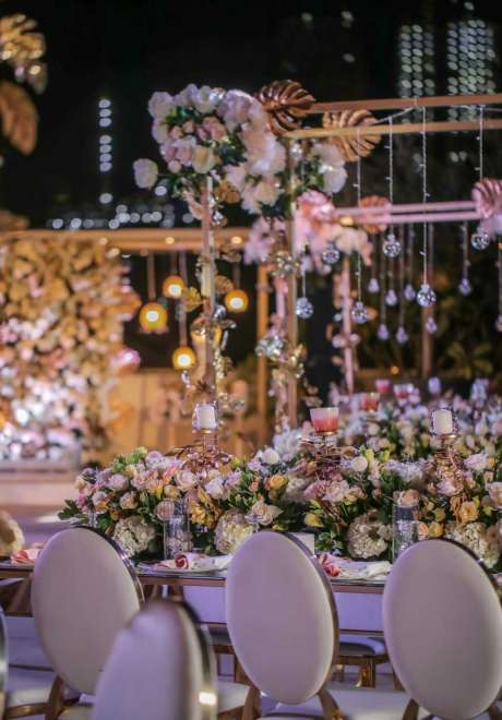 A Mystical Garden Engagement in Dubai 2