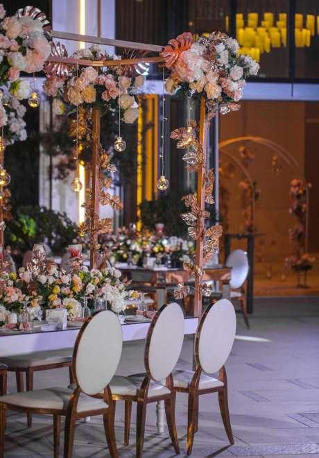 A Mystical Garden Engagement in Dubai 7