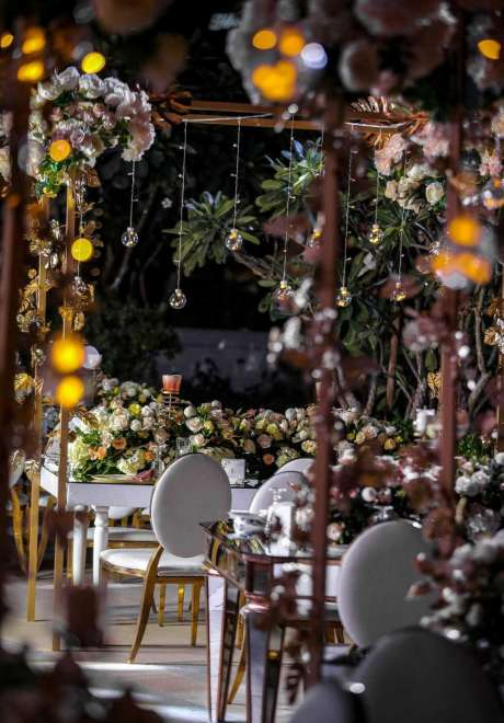 A Mystical Garden Engagement in Dubai 9