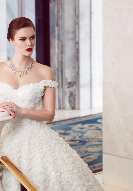 The 2018 Wedding Dresses by Ebru Sanci