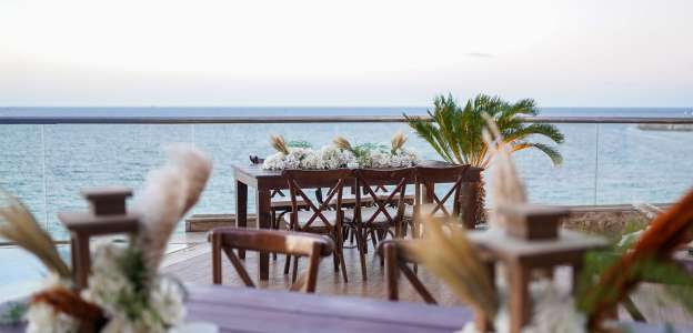Hilton Alexandria Corniche beach wedding