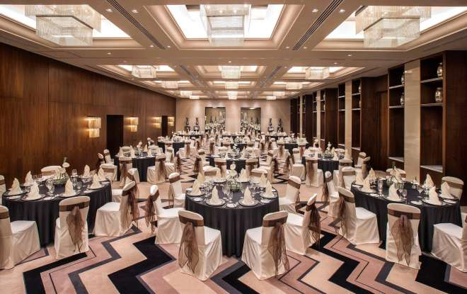 حزمة الزفاف في فندق بولمان خور دبي سيتي سنتر