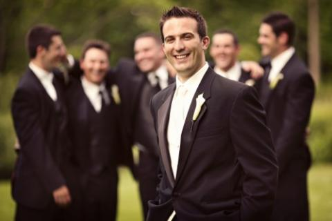Things Every Groom Should Do The Night Before His Wedding