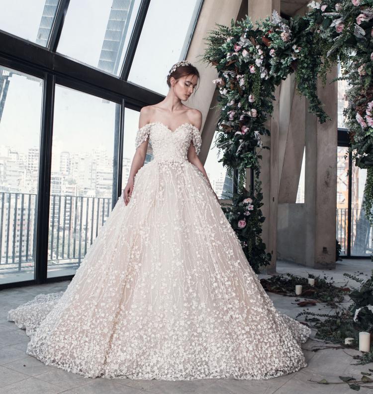 أحدث صيحات موضة فساتين الزفاف لعام 2019