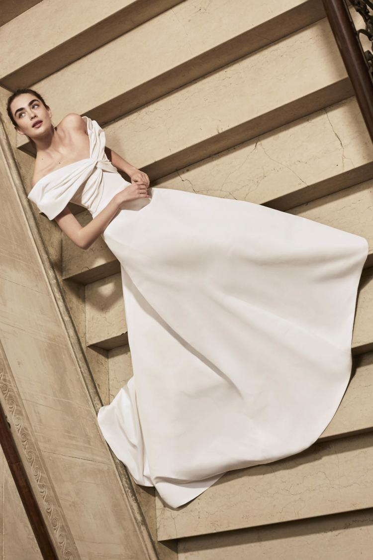 The Latest Wedding Dress Trends You Must Check Out