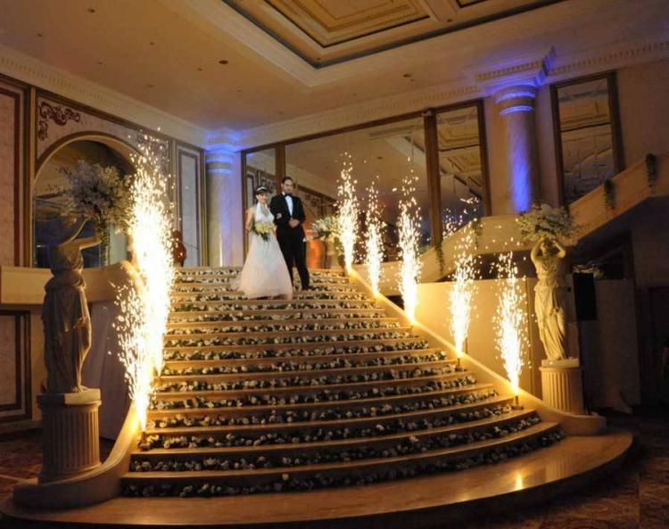 أجمل الأغاني اللبنانية لدخول العرسان إلى الحفل