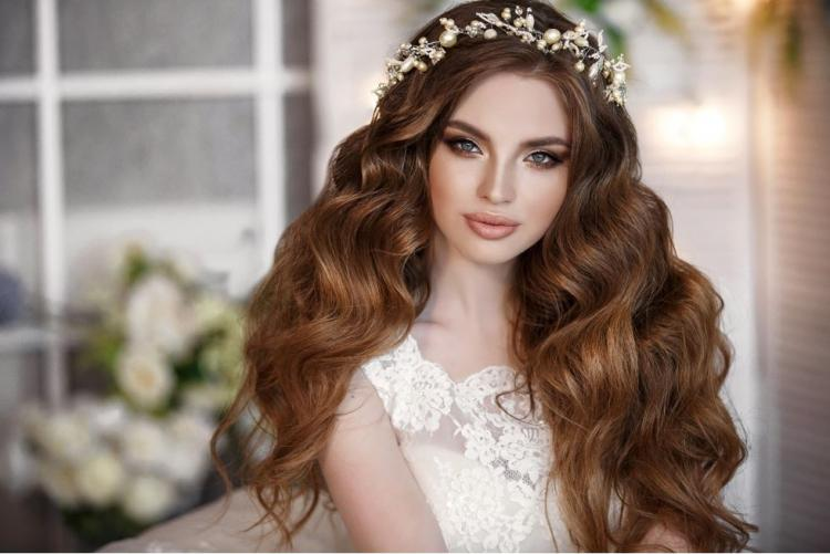 How to Make Your Hair Thicker Before Your Wedding