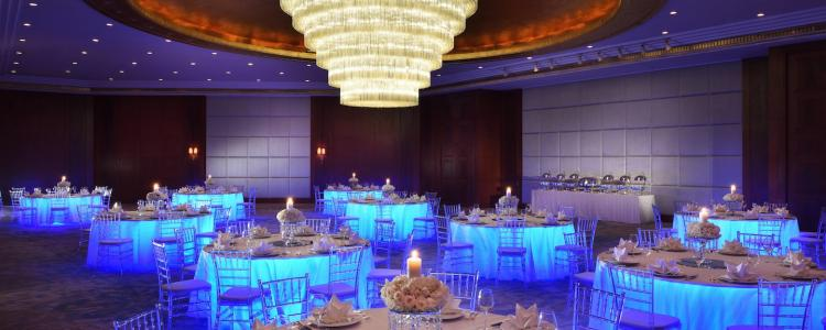 أشهر فنادق الكويت من فئة الخمس نجوم لإقامة حفلات الزفاف