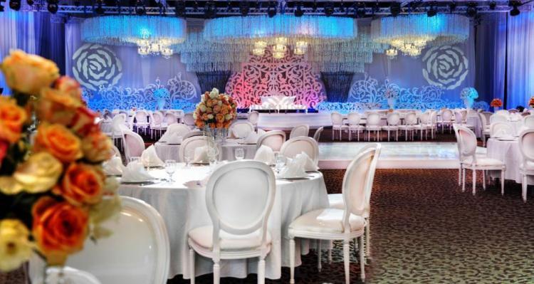 Le Meridien Dubai Offers Couples Unique Wedding Packages