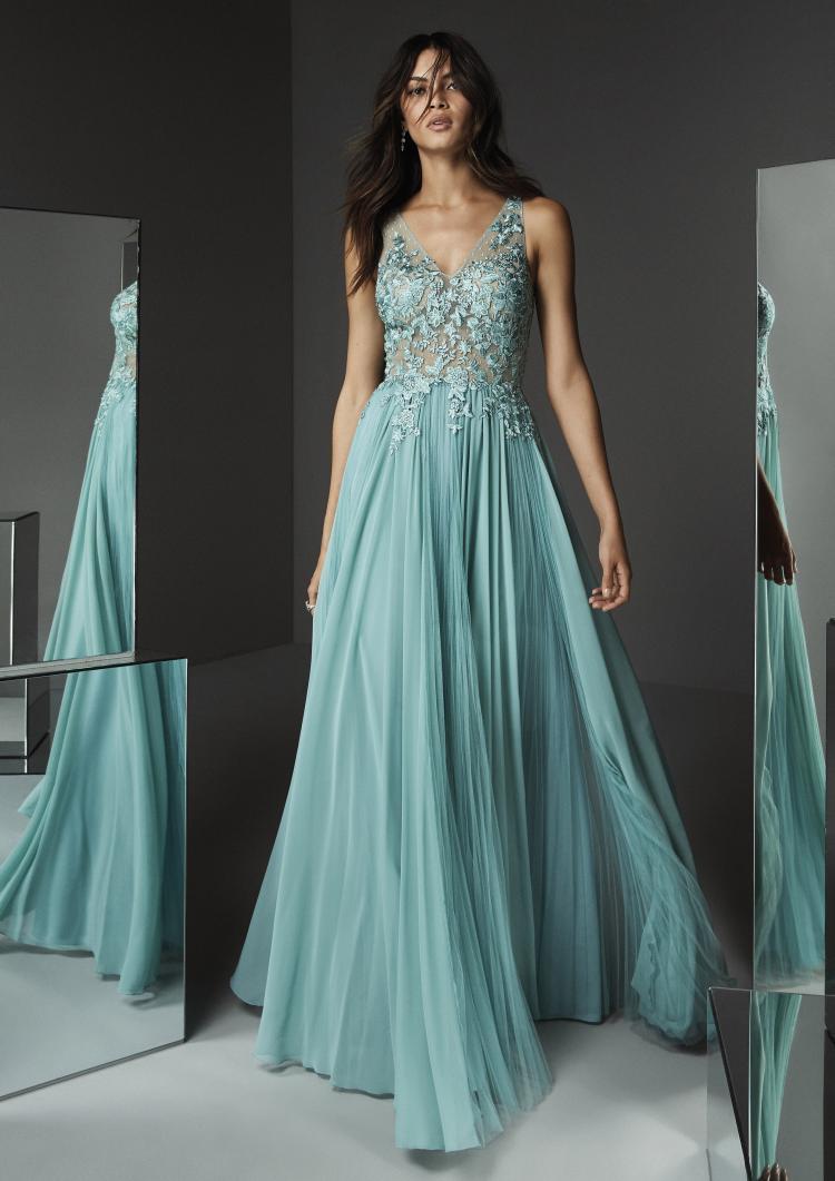 2020 Engagement Dresses by Pronovias