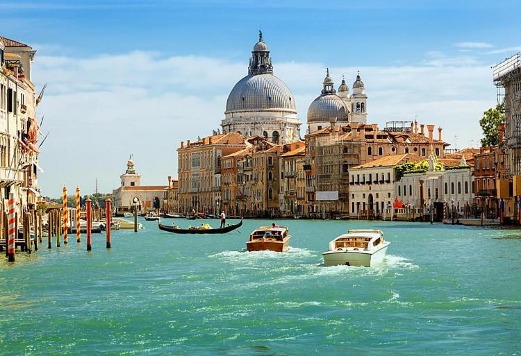 Your Romantic Honeymoon in Venice